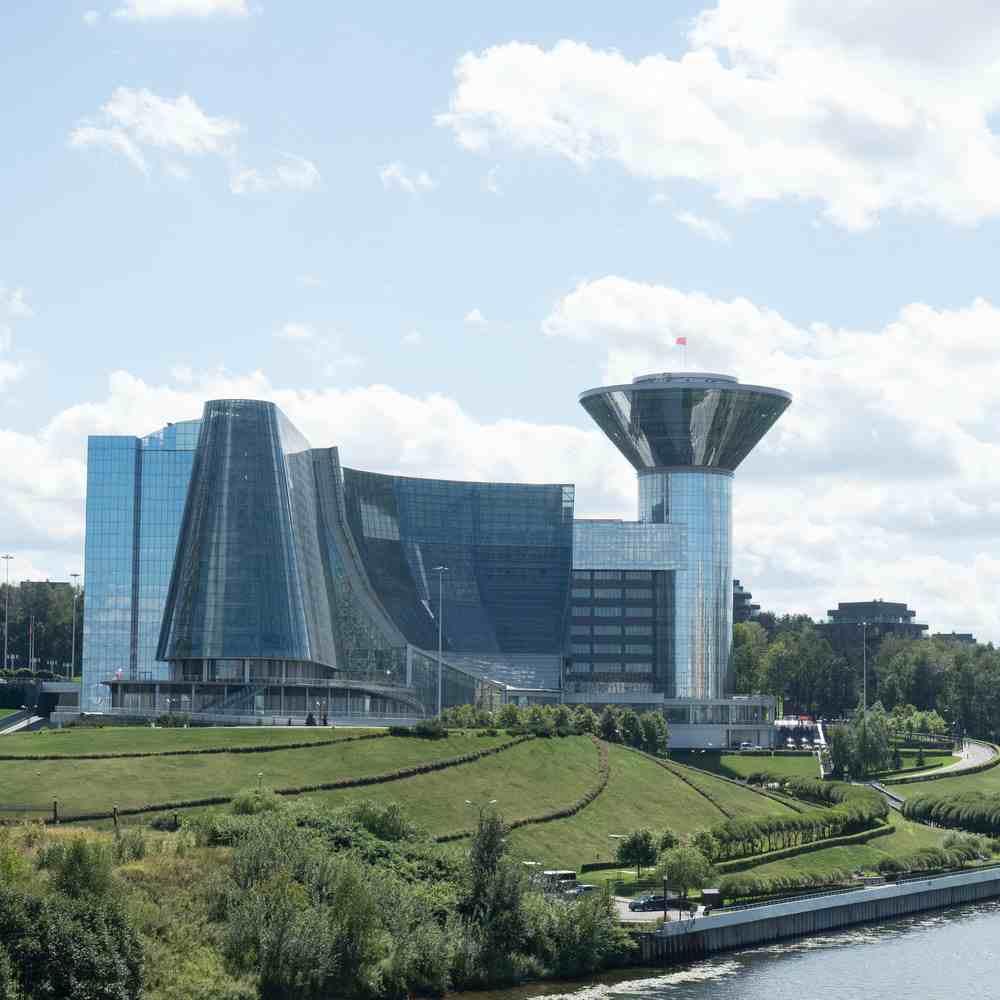 окружение - здание правительства